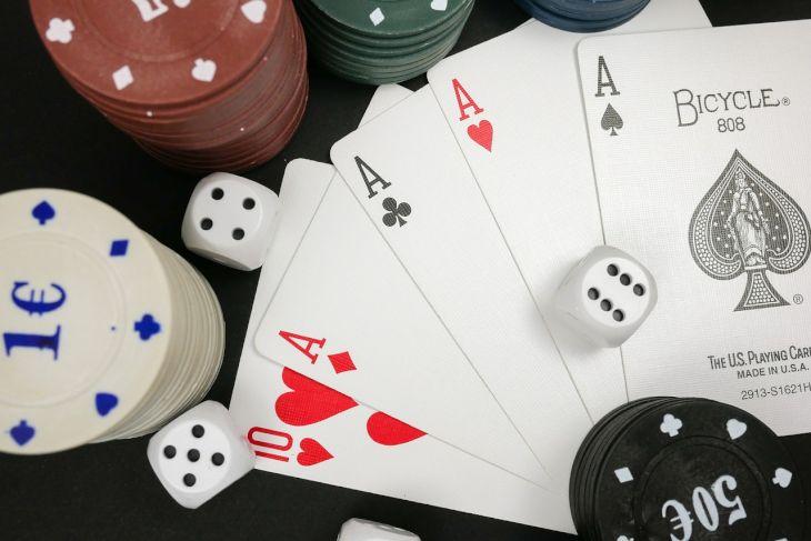 Pokerspel på EES-sajter